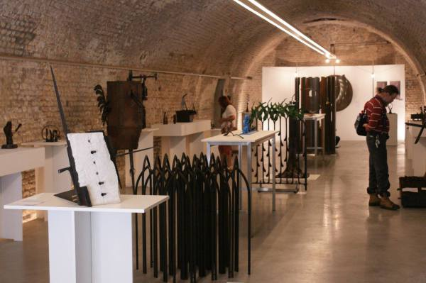 Gofannon in exhibition space.