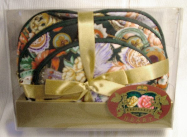 Wallets, pouches, purses, jewelry bags, cosmetic cases, bags, Keepsakes from the Heart,