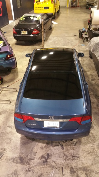 Gloss Black roof on this Honda Civic