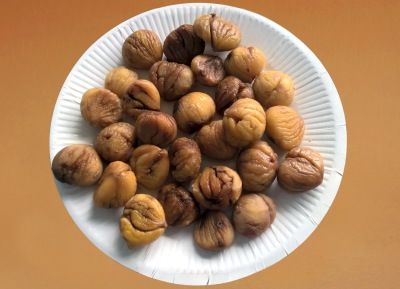 Whole Chestnuts Cooked & Peeled