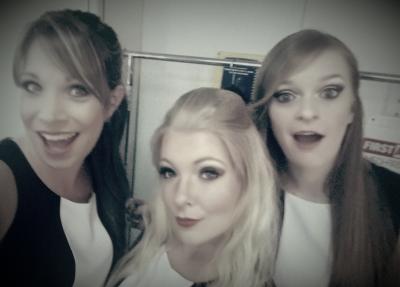 Sister Twist backstage