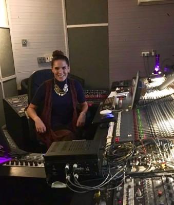#debutalbum #ukartist #musicproduction