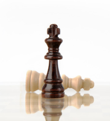 chess pieces, winners and losers