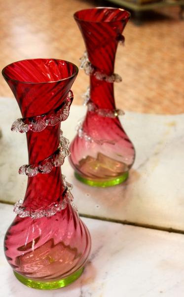CRANBERRY GLASS AN EVERGREEN FAVOURITE