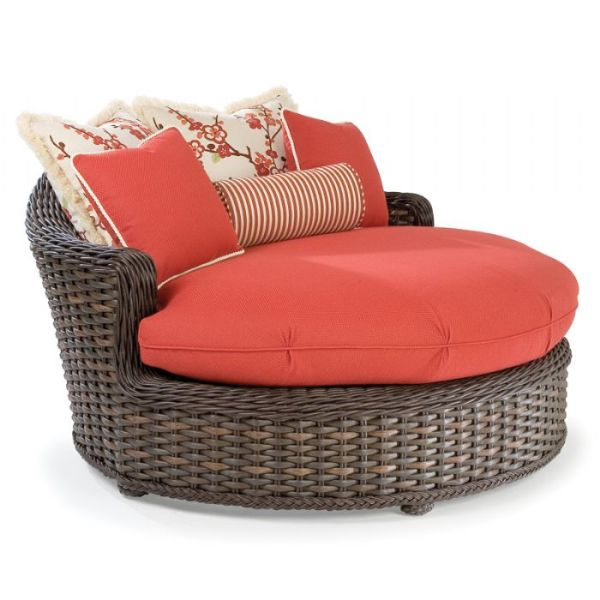 Lane Venture Circular Chaise