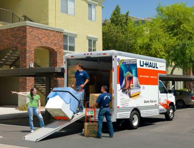 Dominion International Shipping Helps U-Haul Broaden Base in Toronto