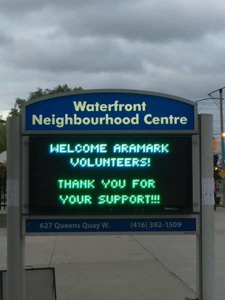 ARAMARK VOLUNTEERS IN TORONTO SHARE NUTRITION KNOWLEDGE TO INSPIRE FAMILIES AT WNC