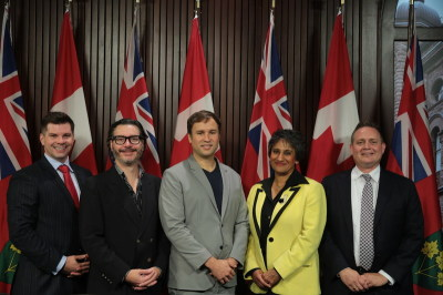 Canadian CEOs Bring Case for Basic Income to Queen's Park