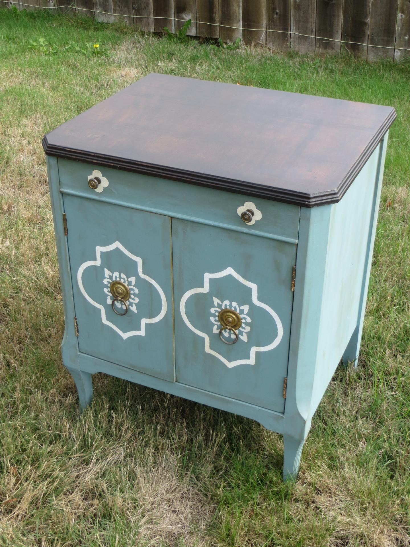 A sweet little cabinet.