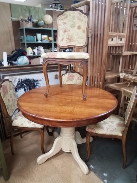 Dining Set with 4 French Provencial Chairs