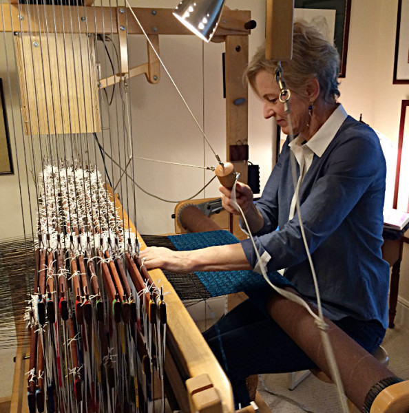 AVL weaving