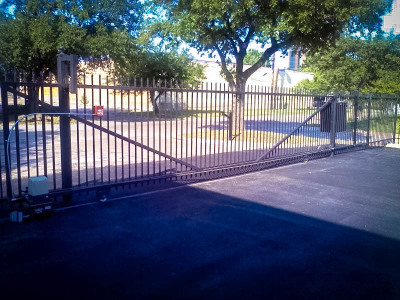 Commercial Sliding Gate (East Dallas)
