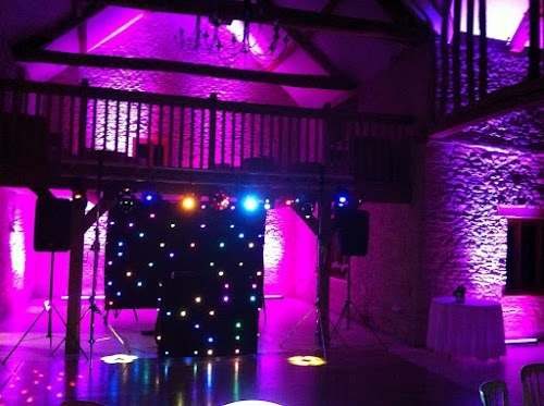 Mobile Disco wedding Kingscote Barn Tetbury with vision Curtain