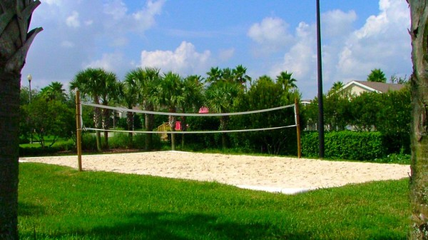 Hampton Lakes volleyball court