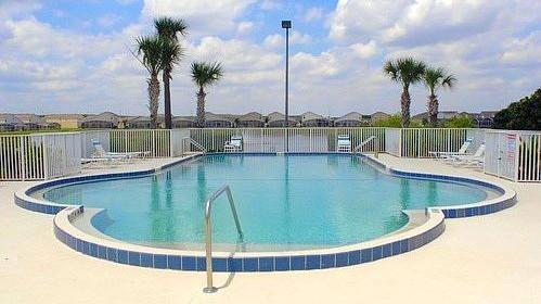 Hampton Lakes community pool