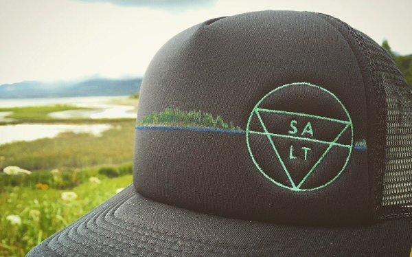 """CUSTOM """"Tree Island"""" on Black Hat"""