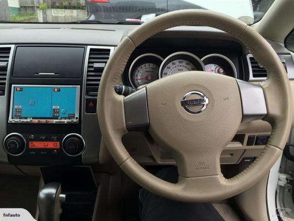 Nissan Tida 2006