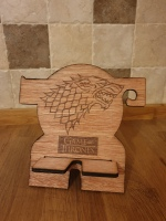House Stark crest phone holder