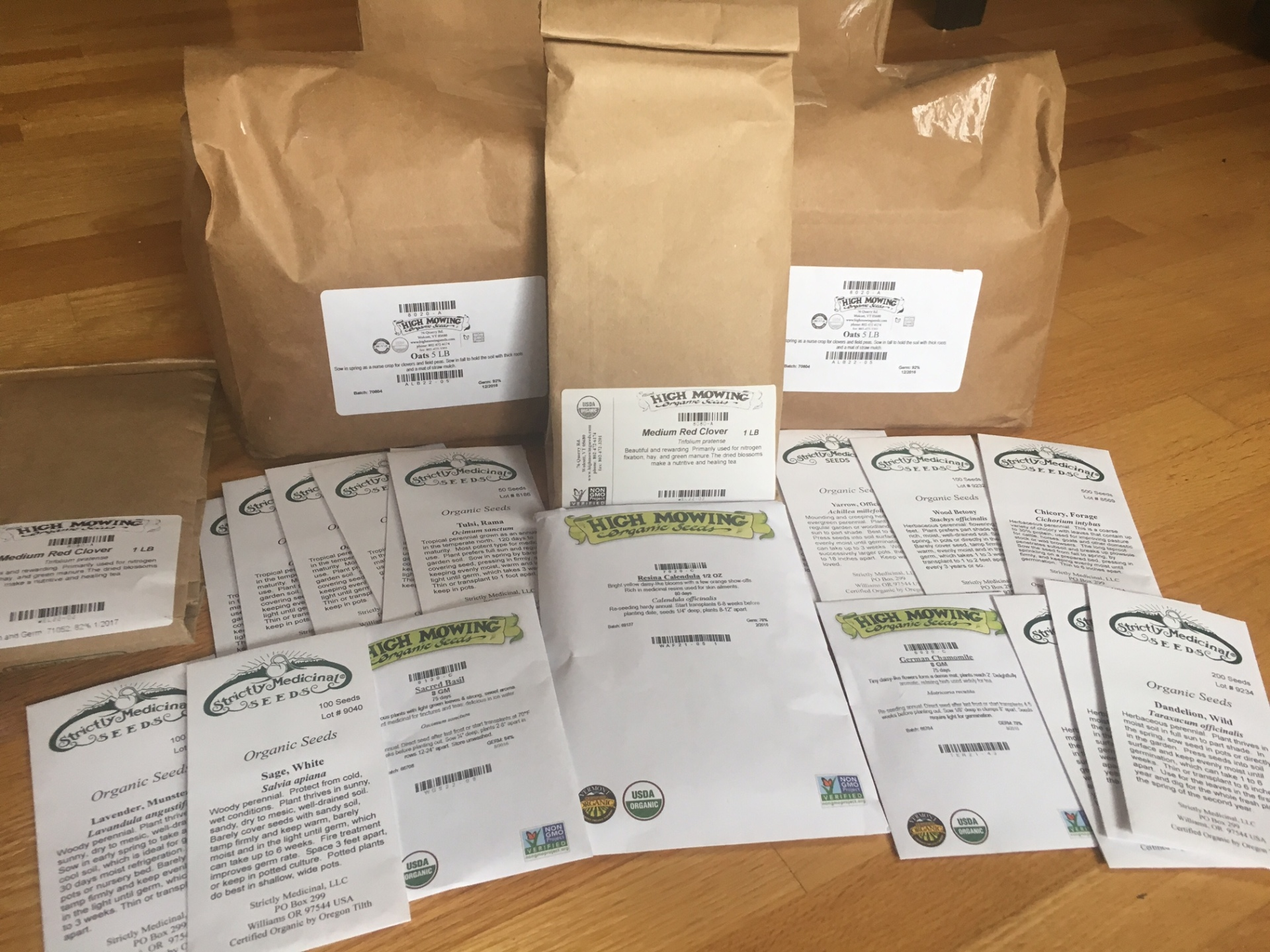 3/27/17: Seeds have started to arrive!