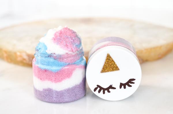 Make your own unicorn sugar scrub!