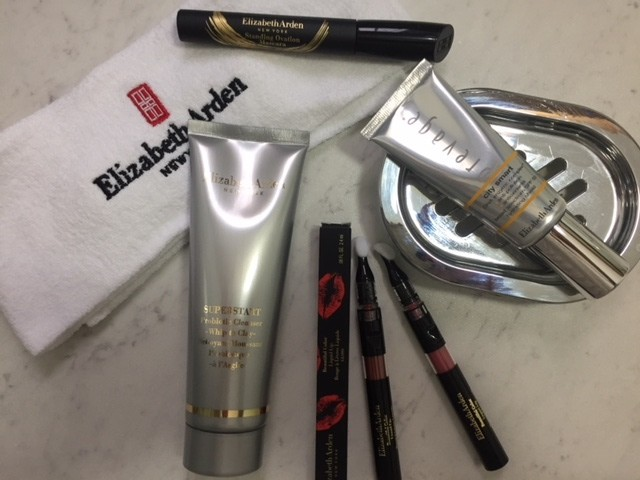 Giveaway: Elizabeth Arden Beauty Hamper