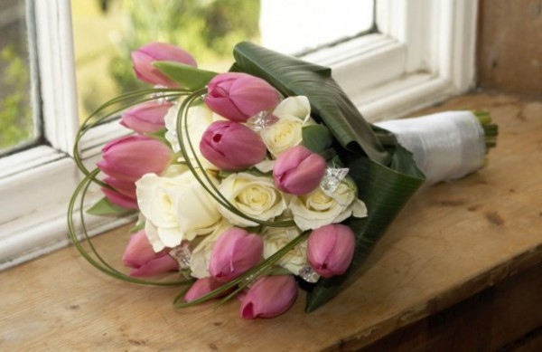 pink tulips & white roses