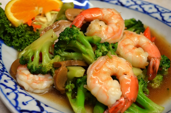 Pad Broccoli with Shrimp