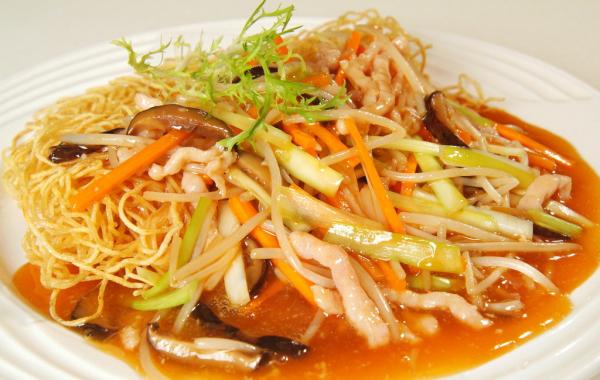 Chicken Crispy Pan Fried Noodle