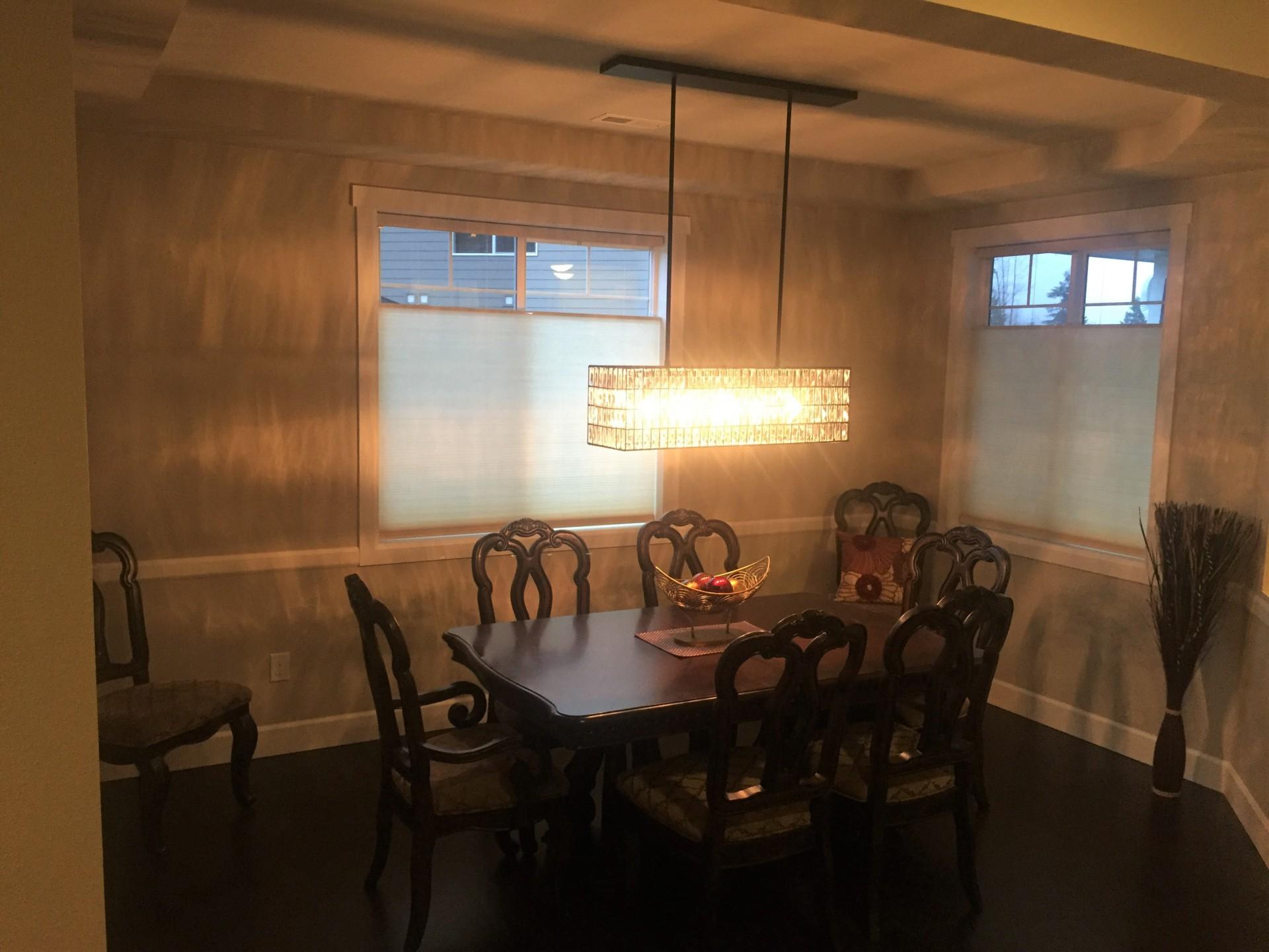 Beautiful dining room light, crystal pendant light, crystal chandelier,