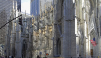 Saint Patrick's Cathedral, 5th Avenue, New York City, USA.