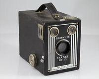 Kodak Brownie Tarfet 6 - 20 box camera