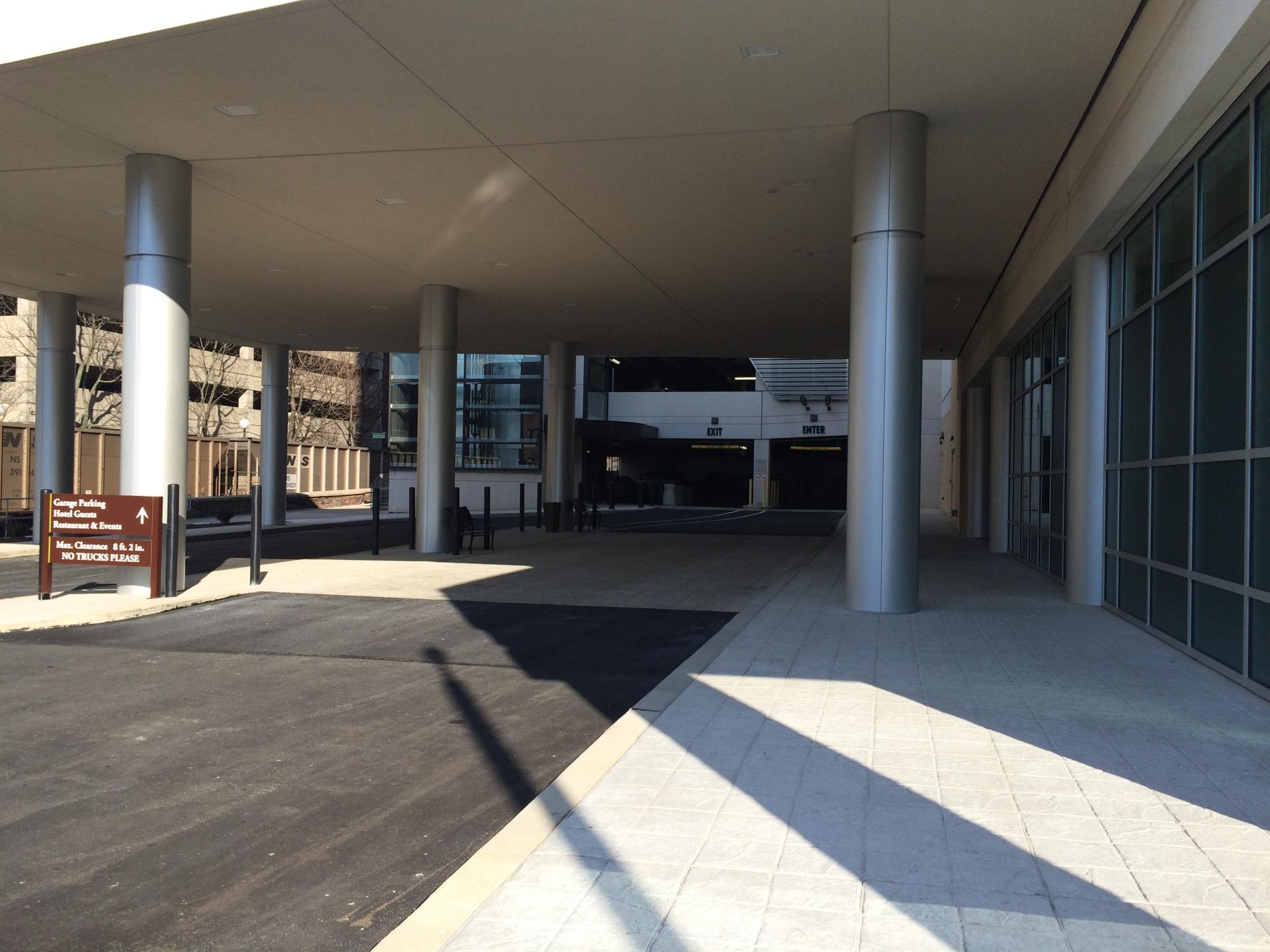 Double Tree Hotel Parking Garage, Civil Engineerig, Traffic Engineering