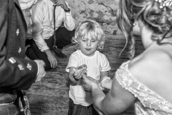 BRIZE NORTON WEDDING PHOTOGRAPHER