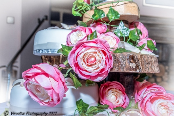 WEDDING CAKE AT THE BAYTREE HOTEL BURFORD WEDDING PHOTOGRAPHY OXFORDSHIRE