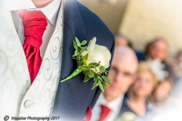 GROOM WAITING AT THE BAYTREE HOTEL BURFORD WEDDING PHOTOGRAPHY OXFORDSHIRE