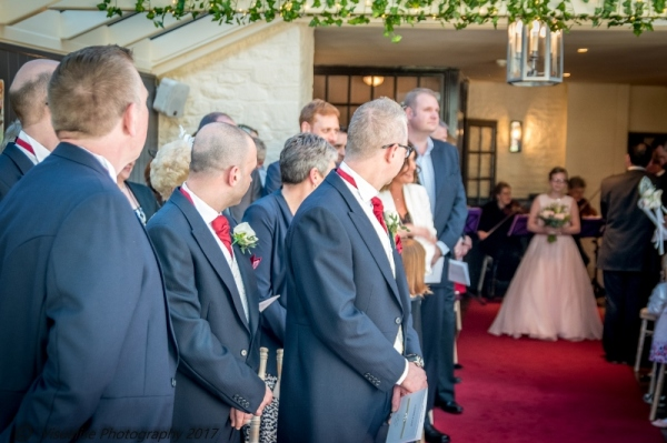 BRIDAL PARTY AT THE BAYTREE HOTEL BURFORD WEDDING PHOTOGRAPHY OXFORDSHIRE