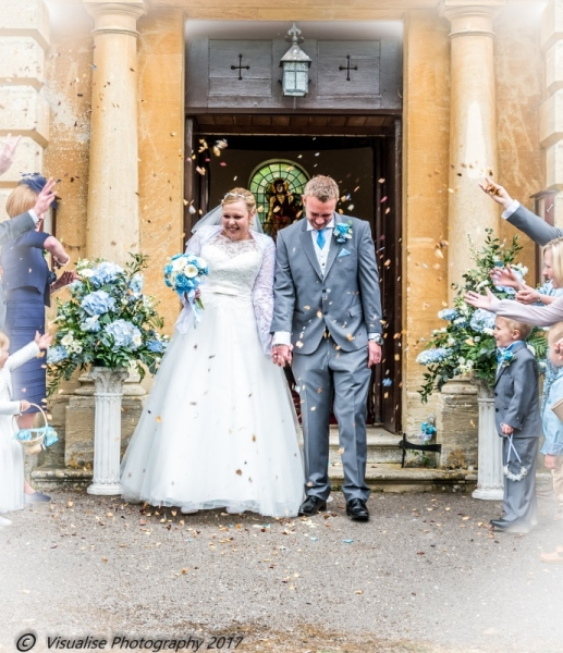 Lains Barn Wantage Oxfordshire Wedding Photography