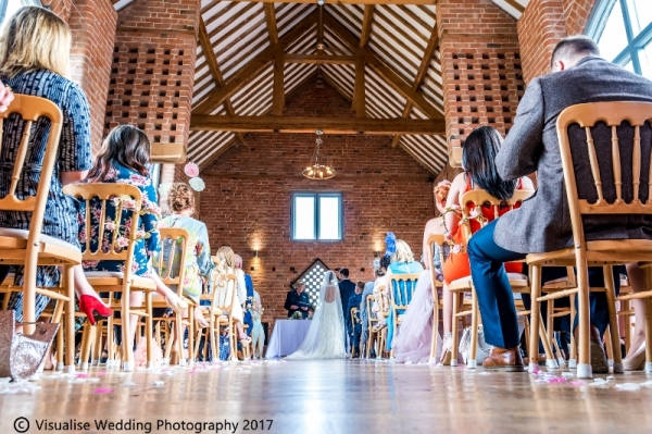 Professional Oxfordshire Wedding Photographer | Visualise Wedding Photography