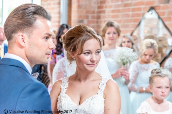 Professional Oxfordshire Wedding Photographer | Visualise Wedding Photography