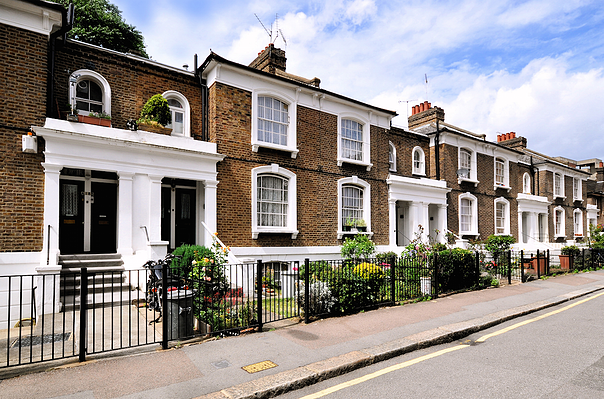 Make yourself at home: What to do when viewing a property
