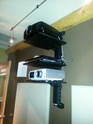 HD/2D/3D Projectors
