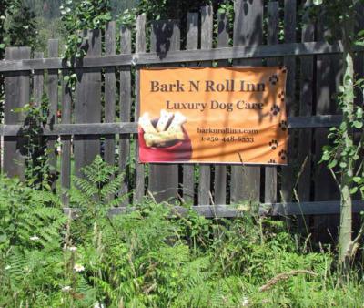 Bark N Roll Inn