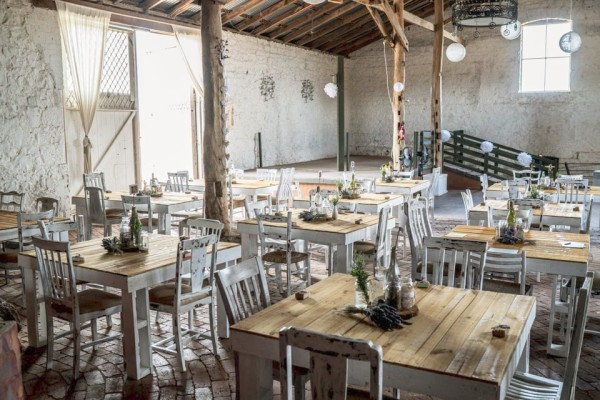 Rustic Wedding Tables Melbourne