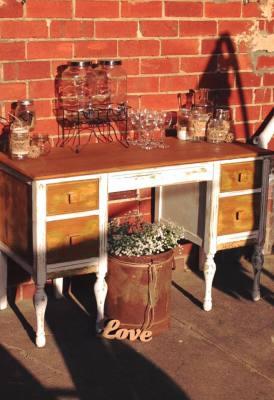 Rustic furniture hire, rustic wedding, wedding hire Melbourne