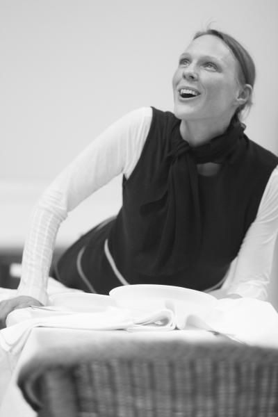 Waiting on Shakespeare (Debbie White)