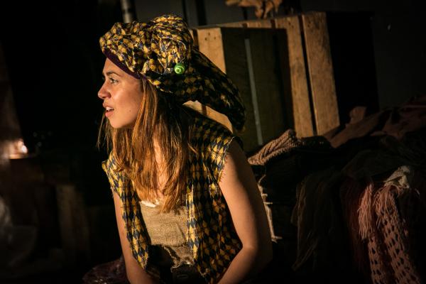 Trinculo (Samantha Béart)