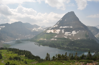 At roughly 2.7 miles hikers will finally reach the northwest corner of Hidden Lake