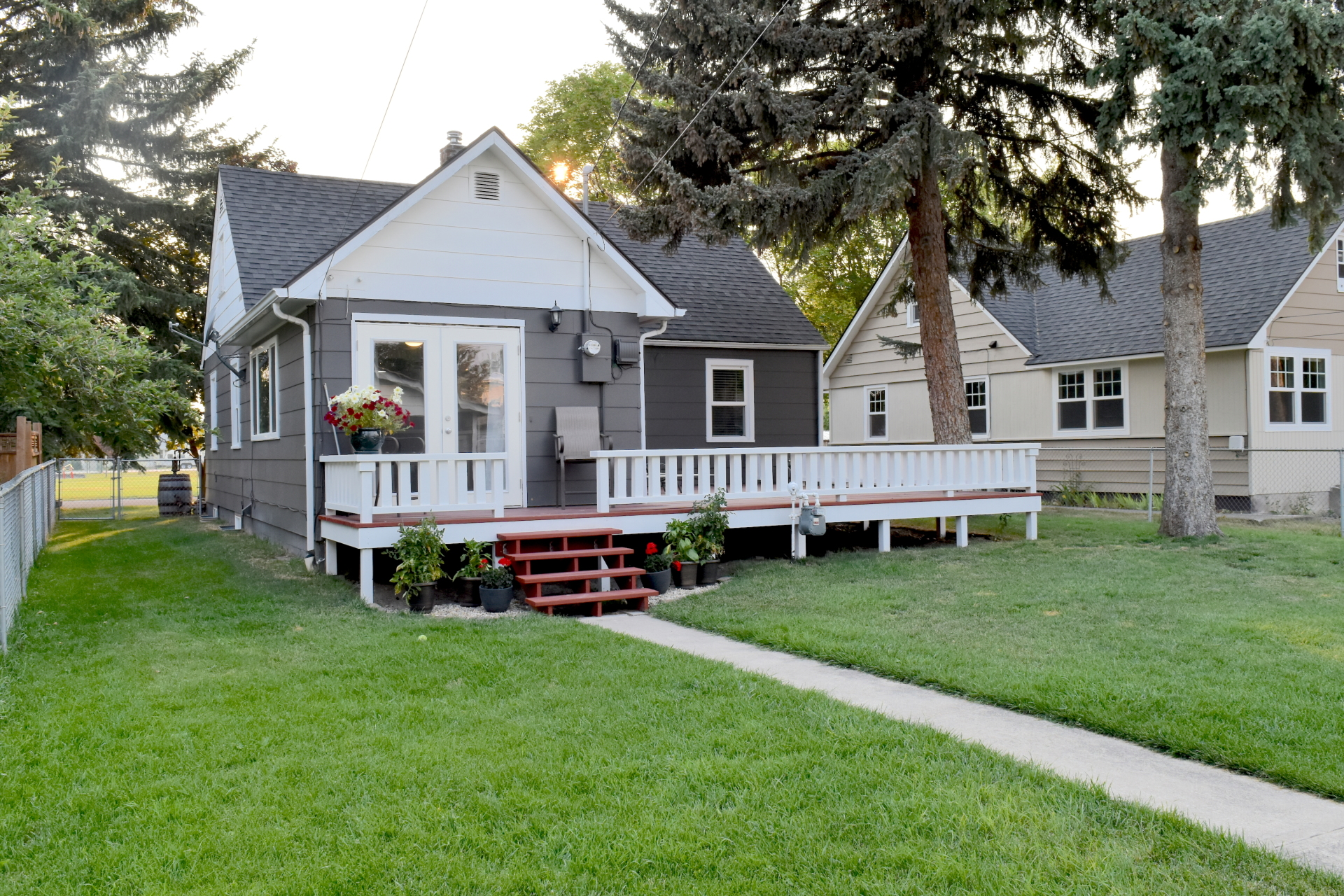 925 8th Avenue E,  Kalispell, MT
