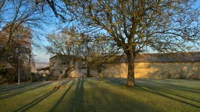 Ruin, Bouchon Haut and Barn