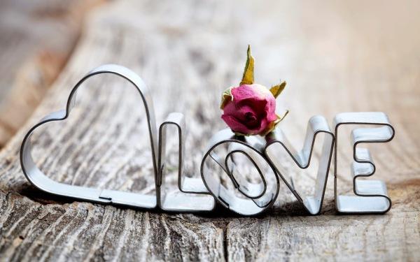 valentine's day; love ; valentine's day gift card